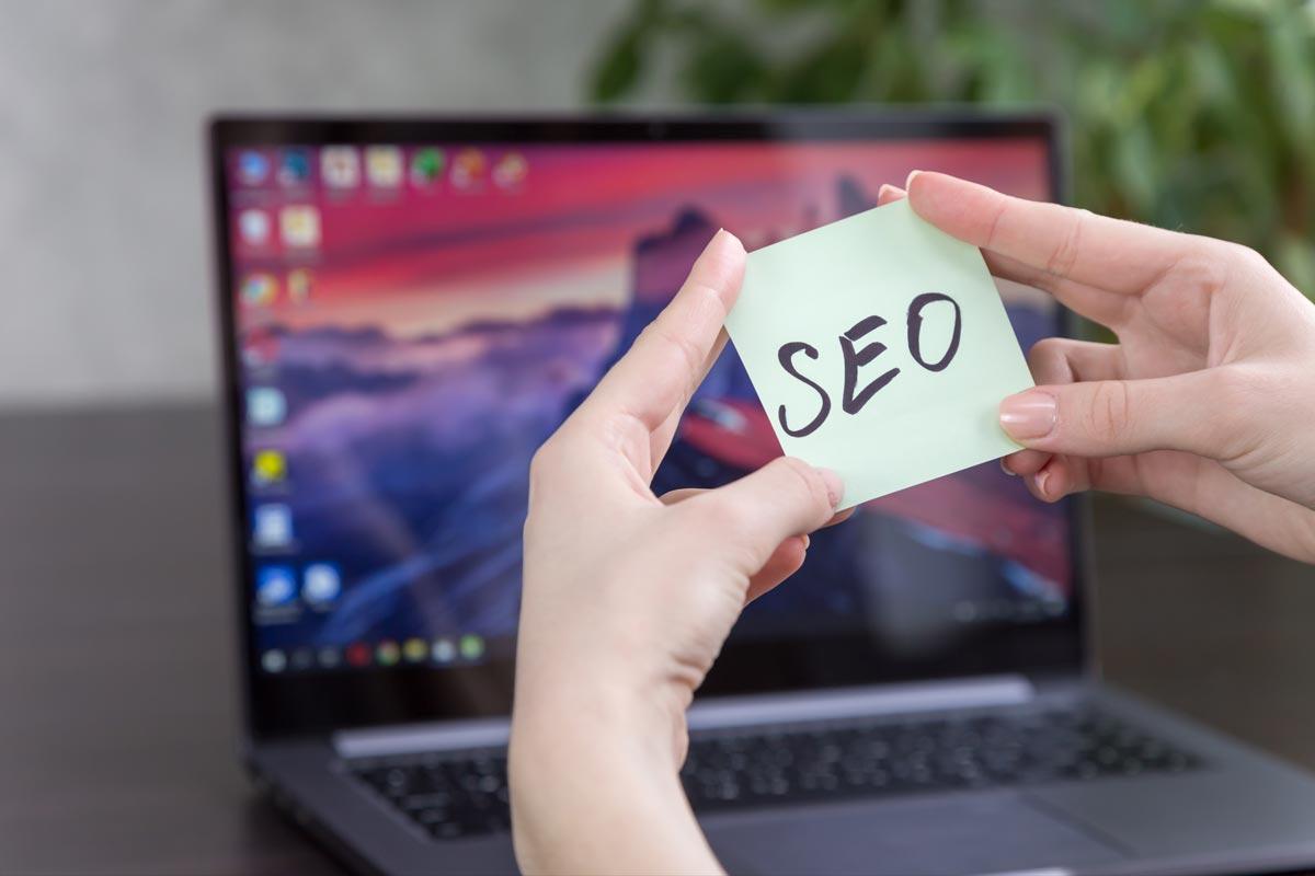 SEO-Optimierung oder klassische Werbung schalten? Was verspricht mehr Erfolg für das eigene Business? 1